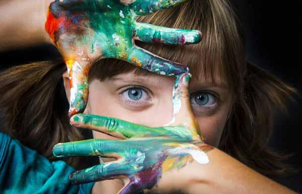 تصویر از معرفی ۱۷ روش علمی پرورش خلاقیت در کودکان (۳ تا ۹ ساله)