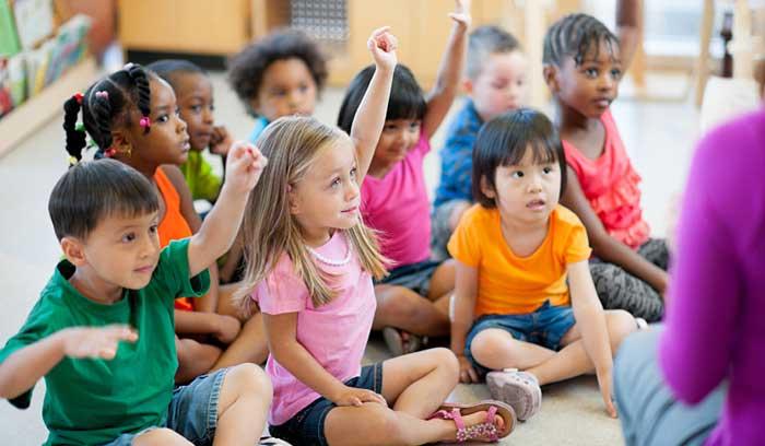 کودکان پیش دبستانی در کلاس آموزشی