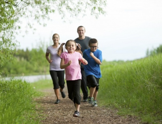 دویدن همراه خانواده