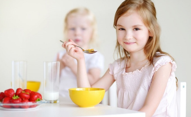 https://bestkid.ir/wp-content/uploads/2017/12/tips-children-breakfast-650x400.jpg