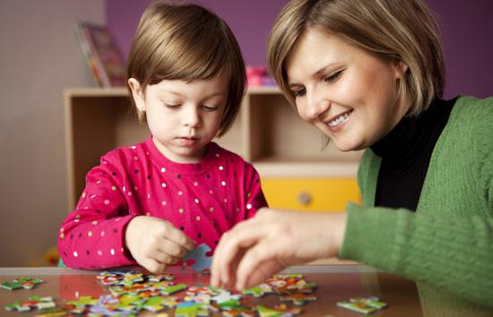 آموزش بازی های فکری مناسب کودکان با روشهایی لذت بخش (همراه فیلم)