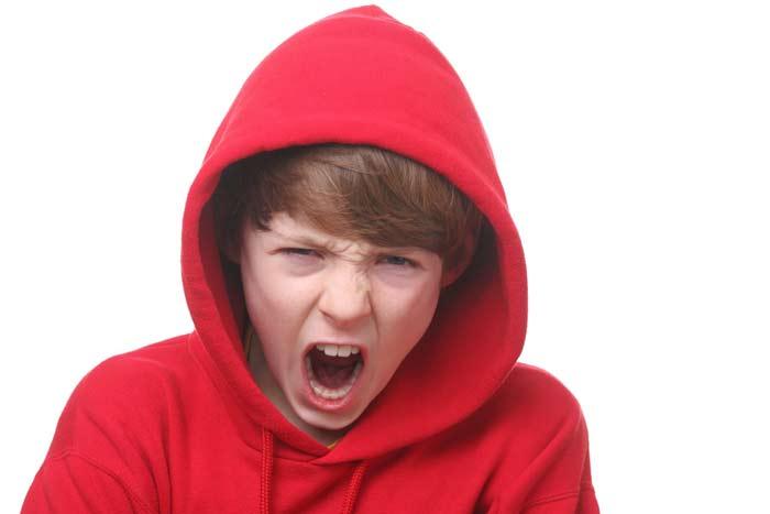 کودک-عصبانی-را-چگونه-آرام-کنیم؟۲