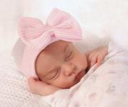 نوزاد دختر تازه متولد شده ۴۵