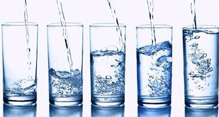 نوشیدن مایعات