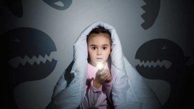 کودک در تاریکی