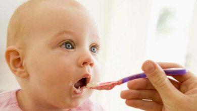 تصویر از خاصیت لعاب/آب برنج برای نوزاد: مضرات احتمالی و نکات مهم