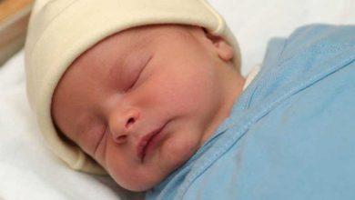 تصویر از چه کنیم که نوزاد زردی نگیرد؟ ۶ راهکار کاملا موثر