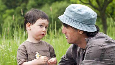 تصویر از کودک از چند ماهگی حرف میزند؟ بایدها و نبایدها برای زودتر حرف زدن