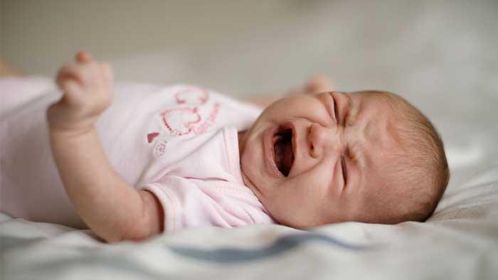 بی خوابی نوزاد