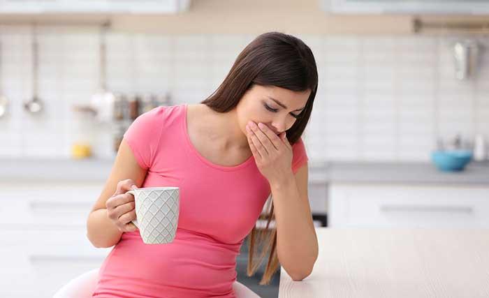 مزه اهنی دهان در بارداری